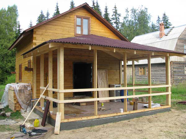 Как пристроить террасу к дому из дерева